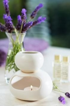 Essential oils diffusers